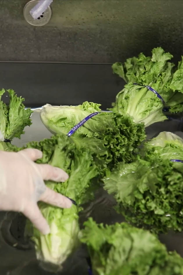 Crisping Fresh Produce in Water